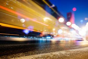 La première cause de exposition aux pollutions lumineuses est l'excès d'éclairage artificiel.