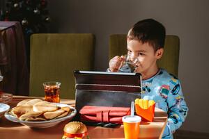 Le moment de l'exposition aux écrans est également important pour nos enfants.
