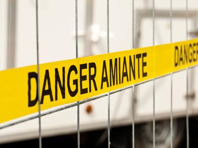 Le risque de contamination à l'amiante est sous-estimé par les gouvernements.