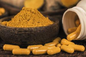 On retrouve souvent la curcumine dans les compléments à visée anti-inflammatoire.