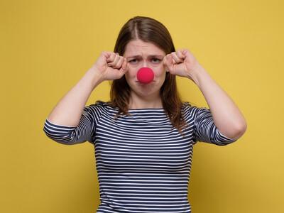 Les femmes doivent-elles jouer la comédie pour que leurs douleurs soient prises au sérieux ?