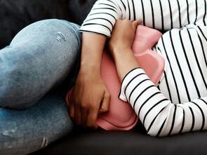 Des solutions naturelles contre les douleurs d'endométriose