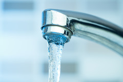 Présence de produits cancérigènes dans l'eau du robinet