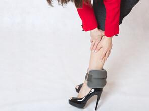 Marcher sur des surfaces plates pour éviter les jambes lourdes.