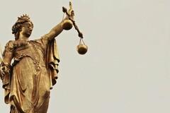Le système judiciaire sait se montrer impitoyable, espérons que c'est affaire fasse jurisprudence.