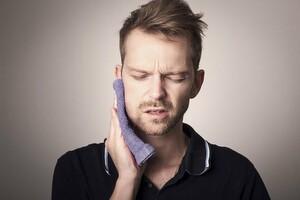 Comment accélérer la guérison des aphtes naturellement