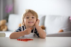 Les triglycérides accompagnent, et contribuent à une hausse du cholestérol.
