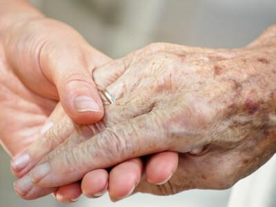 personne âgée en fin de vie