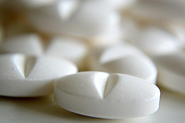L'ibuprofène, une molécule de synthèse aux effets secondaires non négligeables
