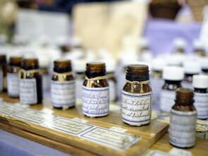 Dans la lutte contre l'infection de la bactérie Helicobacter Pylori ou les récidives, les huiles essentielles tiennent la première place.