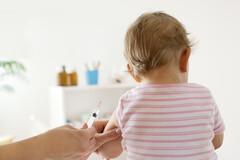 Vaccin contre la rougeole : faut-il sonner le tocsin ?