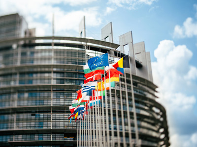 92 entreprises ont versé 1 034 506 € aux partis européens entre 2014 et 2019.
