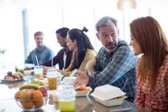 Manger dans une cafétaria vous expose très fortement aux phtalates, perturbateurs endoctriniens.