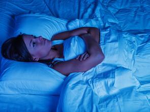 L'environnement, l'hygiène et le rythme de vie jouent un rôle sur la capacité à bien dormir et récupérer pendant la nuit.