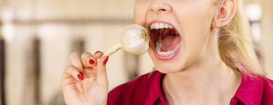 Le masticage permanent de chewing-gum est à éviter.