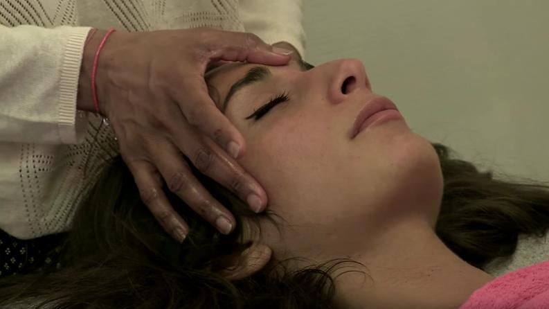 Nathalie Lefèvre a testé le massage énergétique - Alternative Santé