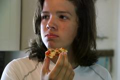 Comment sensibiliser les ados à de bonnes pratiques alimentaires ?