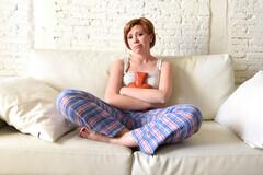Les douleurs menstruelles peuvent devenir vraiment handicapantes