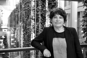 Michèle Rivasi - Vaccins : dans l'intérêt de qui ?