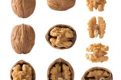 Manger des noix entières fait baisser la tension