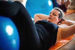 Le Pilates, méthode simple pour diminuer le SPM