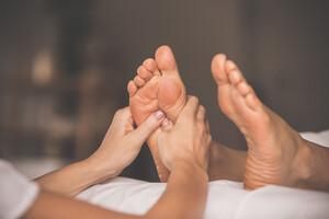 La réflexologie plantaire, pour relâcher stress et tensions
