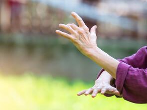 Les vertus thérapeutiques du taï chi, de plus en plus étudiées