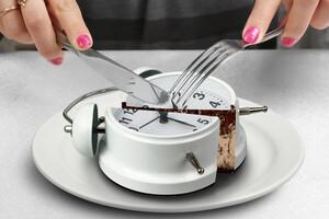 Prenez le temps de manger lentement et de mâcher longtemps.