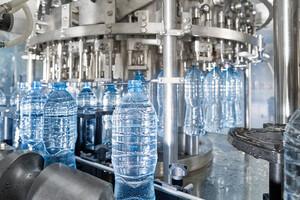 Le BPA est un perturbateur endocrinien présent dans les plastiques alimentaires.
