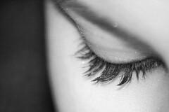 Tressautement de l'oeil, c'est la fasciculation